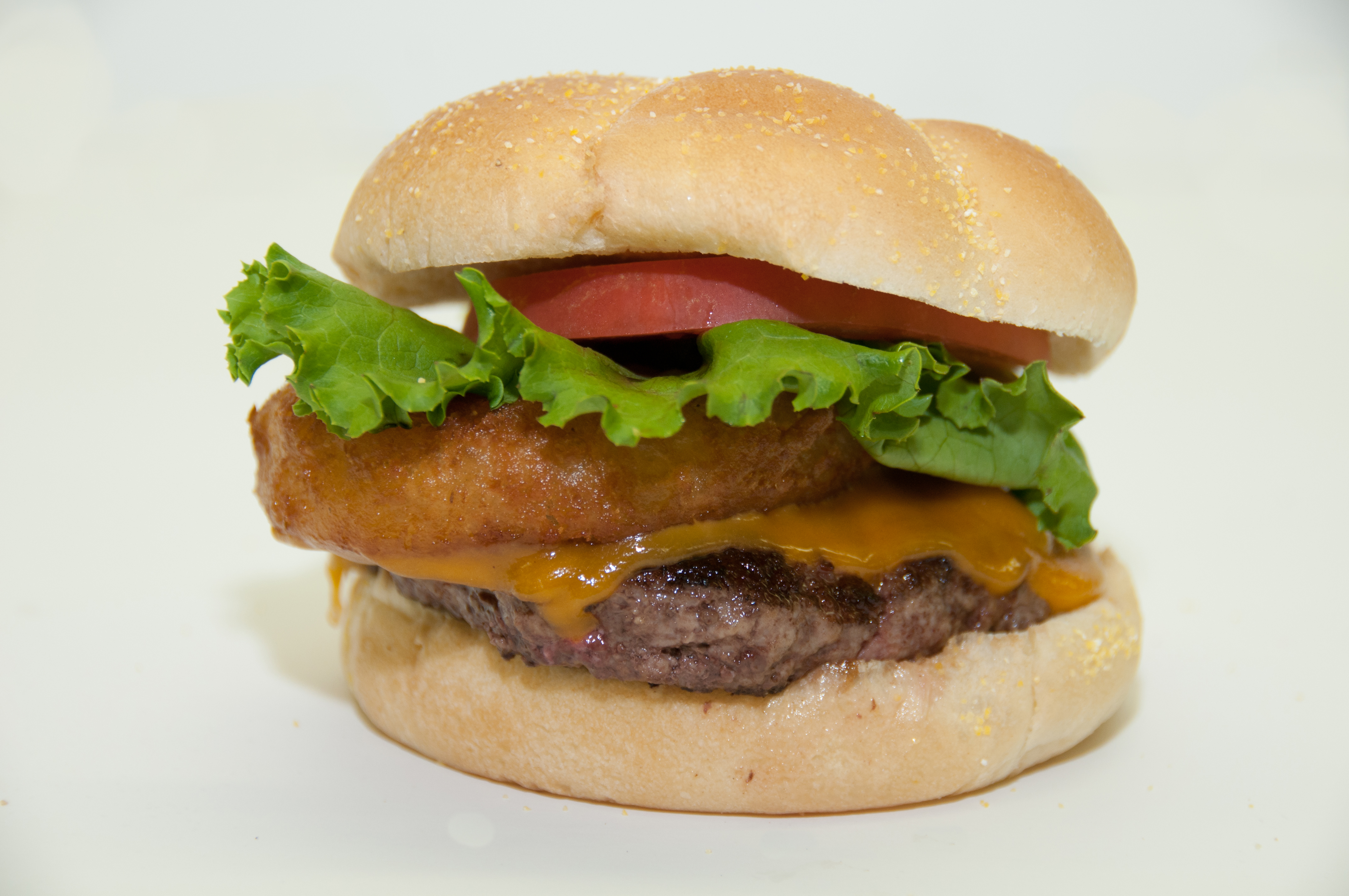 http://www.memorialcoliseum.com/images/Images/Where_to_Eat_Images/Appleseed_Buger/DSC_0220.jpg
