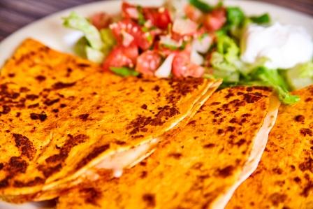 http://www.memorialcoliseum.com/images/Images/Where_to_Eat_Images/BANDIDOS/bandidos_fresh_food_16.jpg