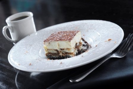 http://www.memorialcoliseum.com/images/Images/Where_to_Eat_Images/Casa_Ristorante/Tiramisu.jpg