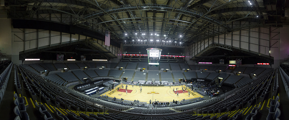 http://www.memorialcoliseum.com/images/Images/arena_gallery/Pacers_0.jpg