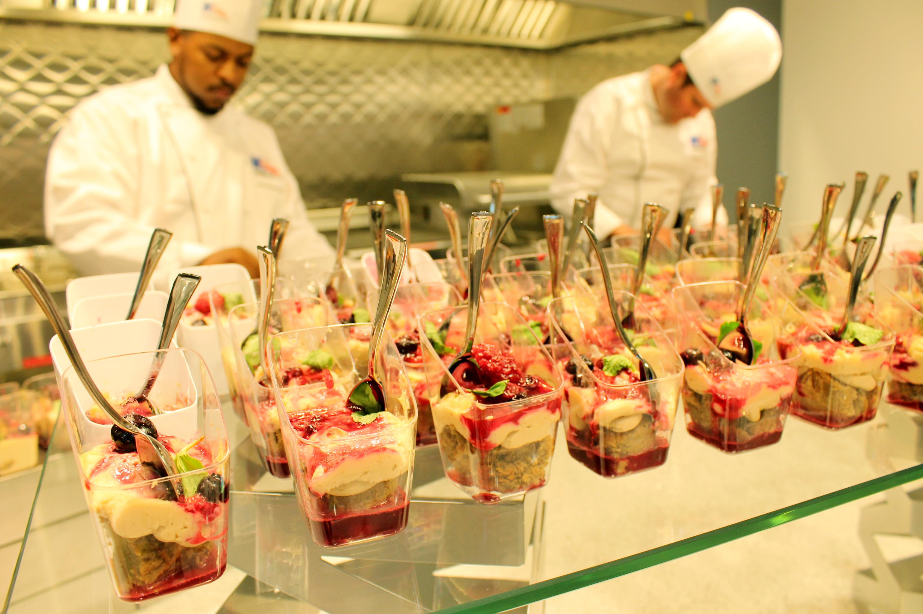https://www.memorialcoliseum.com/images/Images/aramarkcatering_gallery/dessert2chefs.jpg